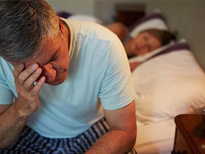 what-are-the-symptoms-of-sleep-apnoea-resmed-400x300